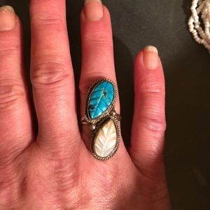 Jewelry - Sterling Silver Carved Turquoise and MOP Sz 7.5